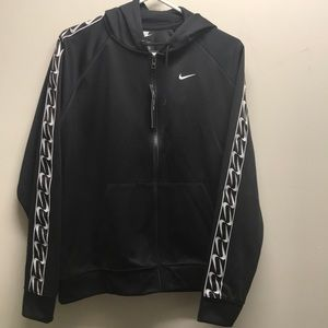 Nike loose fit jacket NWT medium